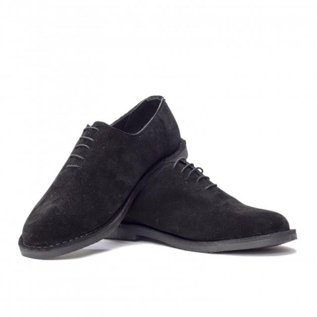 Shoe 47