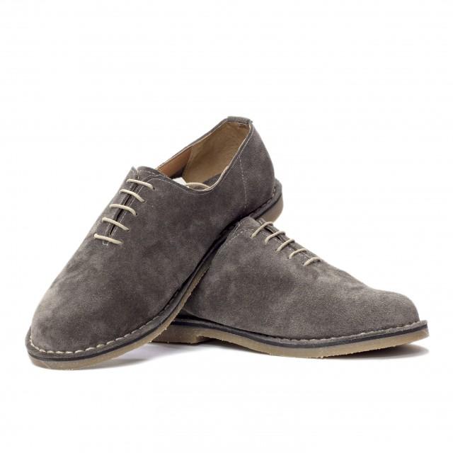 Shoe 48